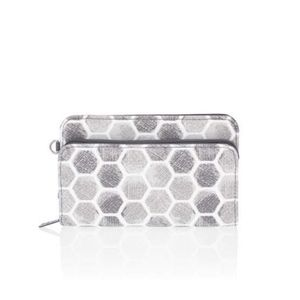 Thirty-One Perfect Cents Wallet- Stepping Stones